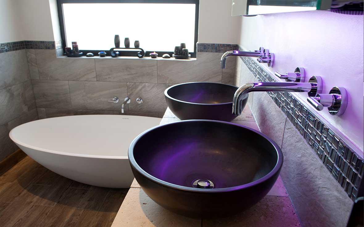 """Ashton & Bentley """"Xinia""""™ stoneware free-standing bath"""