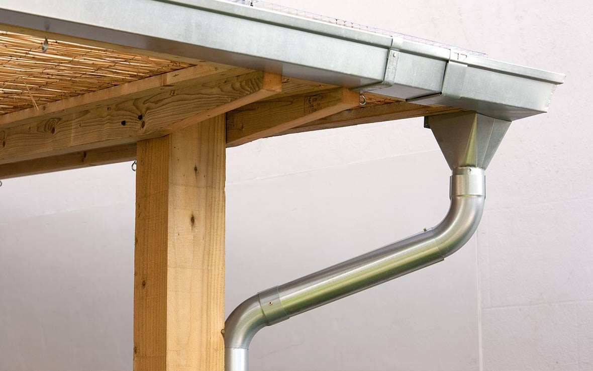 Square-line high-quality galvanized Lindab™ guttering system